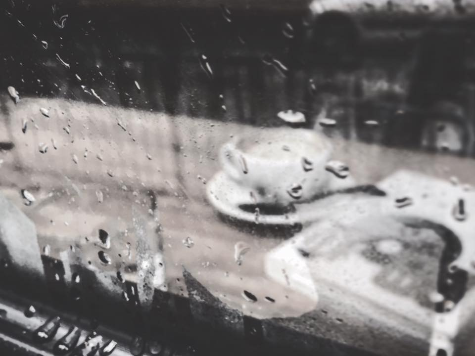 下雨天同陽光玩遊戲