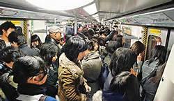 《擠地鐵時......》