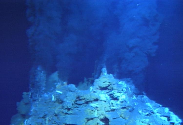 [隨筆]在深海中蘊藏著的活火山