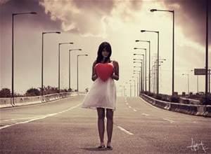 女人一生中,尋覓幾份愛?